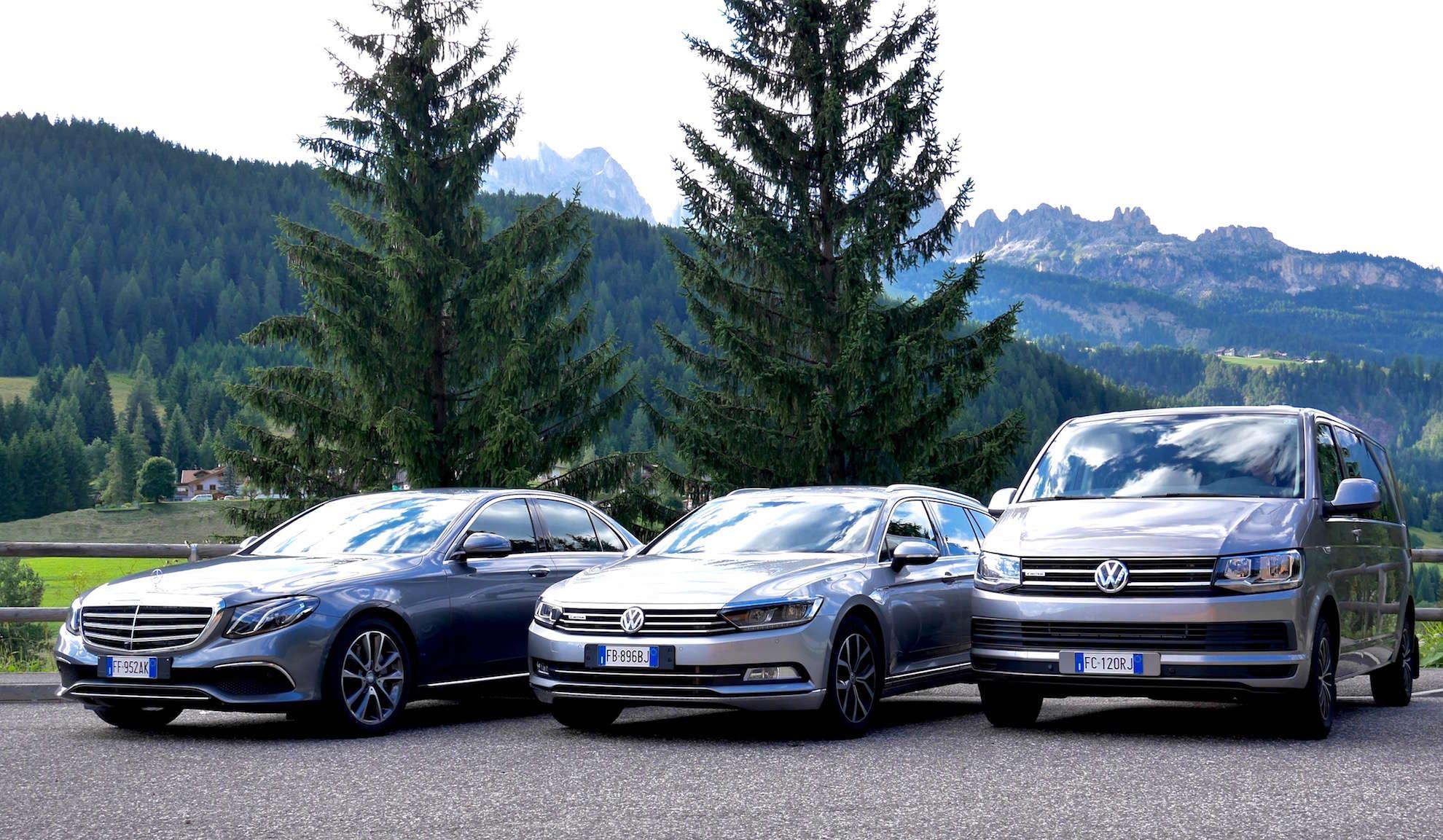 Foto delle autovetture della ditta Desilvestro Taxi e Viaggi, 3 veicoli, Mercedes-Benz Classe E, Volkswagen Passat e Volkswagen Caravelle
